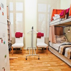 Seasons Хостел Кровати в общем номере с двухъярусными кроватями фото 9