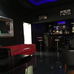 De Brit Hotel гостиничный бар