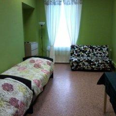 White Nights Hostel Стандартный семейный номер с различными типами кроватей фото 2