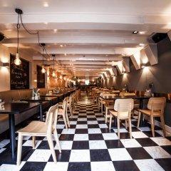 Отель Dikker en Thijs Fenice Hotel Нидерланды, Амстердам - 9 отзывов об отеле, цены и фото номеров - забронировать отель Dikker en Thijs Fenice Hotel онлайн гостиничный бар