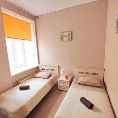 Diva Хостел Стандартный номер с 2 отдельными кроватями (общая ванная комната) фото 9