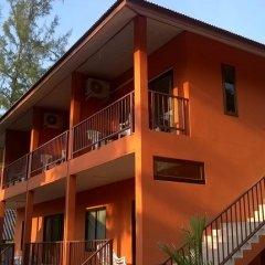 Отель Lanta Cottage Стандартный номер фото 6