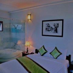Отель Starfruit Homestay Hoi An 2* Улучшенный номер с различными типами кроватей фото 6