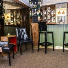 Отель Golden Well Прага гостиничный бар