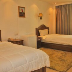 Sun Shine Hotel 3* Стандартный номер с двуспальной кроватью фото 6