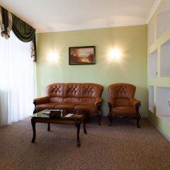 Гостиница ИжОтель 3* Люкс с двуспальной кроватью фото 14