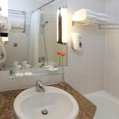 Danubius Hotel Helia 4* Стандартный номер с различными типами кроватей фото 5