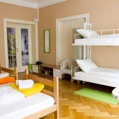 Hostel Beogradjanka Кровать в общем номере с двухъярусной кроватью фото 4
