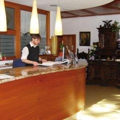 Hotel Steidlerhof Больцано интерьер отеля
