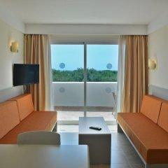 Отель Apartamentos Cala d'Or Playa Апартаменты с различными типами кроватей фото 4
