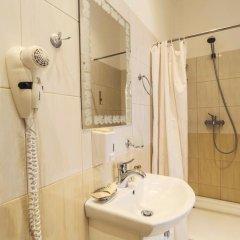 Zolotaya Bukhta Hotel 3* Стандартный номер с двуспальной кроватью фото 19