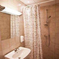 Отель Saga Hotel Дания, Копенгаген - 8 отзывов об отеле, цены и фото номеров - забронировать отель Saga Hotel онлайн ванная фото 3