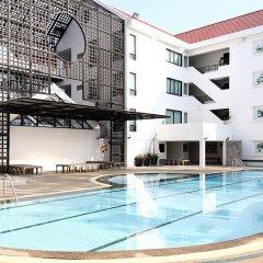 Отель Ta Residence Suvarnabhumi Бангкок бассейн фото 2