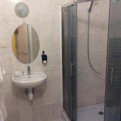 Hostel Travel ванная