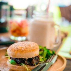 Отель Lanta Scenic Bungalow Таиланд, Ланта - отзывы, цены и фото номеров - забронировать отель Lanta Scenic Bungalow онлайн питание фото 2