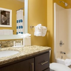 Отель TownePlace Suites by Marriott Indianapolis - Keystone ванная фото 2