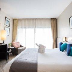 Отель Deevana Plaza Phuket 4* Номер Делюкс с двуспальной кроватью фото 9