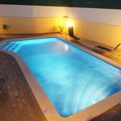 Отель Moradia Vale de Eguas бассейн