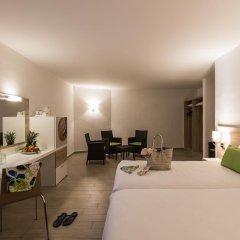 Отель AX ¦ Seashells Resort at Suncrest 4* Стандартный семейный номер с двуспальной кроватью