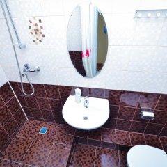 Гостиница Маяк в Новоалтайске 4 отзыва об отеле, цены и фото номеров - забронировать гостиницу Маяк онлайн Новоалтайск ванная фото 2