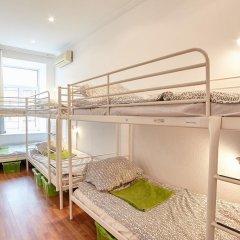 Хостел Абрикос Кровать в общем номере с двухъярусными кроватями фото 13
