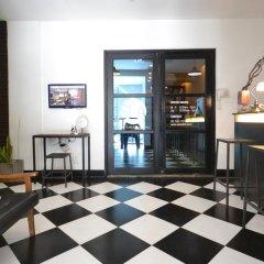 Отель Seoul Loft Apartments - SLA Южная Корея, Сеул - отзывы, цены и фото номеров - забронировать отель Seoul Loft Apartments - SLA онлайн гостиничный бар