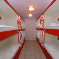 Гостиница HQ Hostelberry Кровать в общем номере с двухъярусной кроватью фото 44