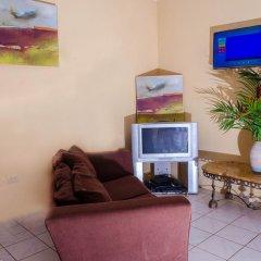 Отель Ackee Tree Sea View Villa Ямайка, Порт Антонио - отзывы, цены и фото номеров - забронировать отель Ackee Tree Sea View Villa онлайн комната для гостей фото 4