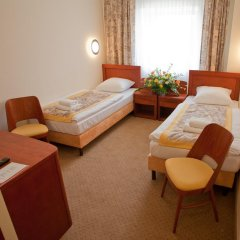 Отель Centrum Konferencyjno - Bankietowe Rubin 3* Стандартный номер с различными типами кроватей фото 2