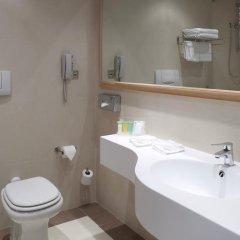 Отель Holiday Inn Rome- Eur Parco Dei Medici 4* Стандартный номер с различными типами кроватей фото 4