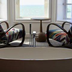 Отель Brighton Harbour Hotel & Spa Великобритания, Брайтон - отзывы, цены и фото номеров - забронировать отель Brighton Harbour Hotel & Spa онлайн ванная