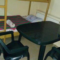и хостел Lucky Кровать в мужском общем номере с двухъярусной кроватью фото 10
