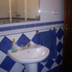 Отель Hostal Pacios Стандартный номер с различными типами кроватей фото 12
