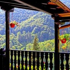Отель Guest House Konakat Болгария, Чепеларе - отзывы, цены и фото номеров - забронировать отель Guest House Konakat онлайн балкон