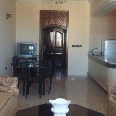 Отель Tanger Beach Appartment Марокко, Танжер - отзывы, цены и фото номеров - забронировать отель Tanger Beach Appartment онлайн интерьер отеля