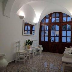 Отель San Giorgio Греция, Остров Санторини - отзывы, цены и фото номеров - забронировать отель San Giorgio онлайн интерьер отеля