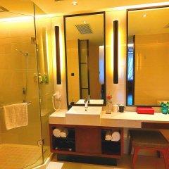 SSAW Boutique Hotel Shanghai Bund(Narada Boutique YuGarden) 4* Стандартный семейный номер с различными типами кроватей