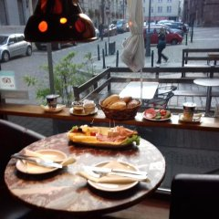 Отель Academus Cafe Pub & Guest House Вроцлав питание