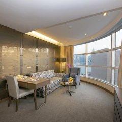 Отель The Salisbury - YMCA of Hong Kong Люкс с различными типами кроватей фото 3