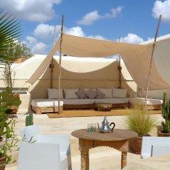 Отель Riad Dar-K Марокко, Марракеш - отзывы, цены и фото номеров - забронировать отель Riad Dar-K онлайн бассейн фото 2