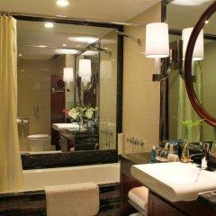 Central Hotel Shanghai 4* Номер Делюкс с различными типами кроватей