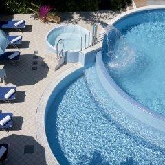 Отель Albicocco Италия, Риччоне - отзывы, цены и фото номеров - забронировать отель Albicocco онлайн бассейн фото 2
