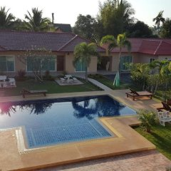 Отель East Shore Pattaya Resort бассейн фото 2