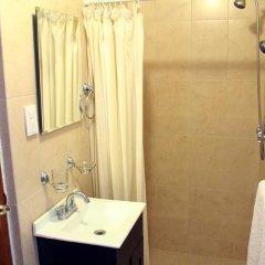Отель Suites del Carmen - Wisconsin Мехико ванная