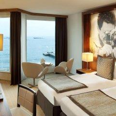Отель JW Marriott Cannes 5* Улучшенный номер с различными типами кроватей фото 3