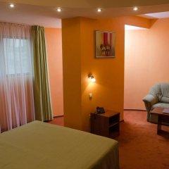 Adelfiya Hotel 2* Стандартный номер с двуспальной кроватью фото 2