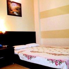 Cuong Long Hotel 2* Стандартный номер с двуспальной кроватью фото 2