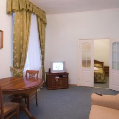 Гостиница Вечный Зов 3* Люкс с различными типами кроватей