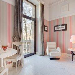 Grand Hotel Palace 5* Номер Делюкс с различными типами кроватей