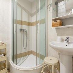 Отель Apartamentos Gran Via 732 Испания, Барселона - отзывы, цены и фото номеров - забронировать отель Apartamentos Gran Via 732 онлайн ванная фото 2